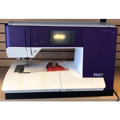 Pfaff Expression 710 symaskine-31